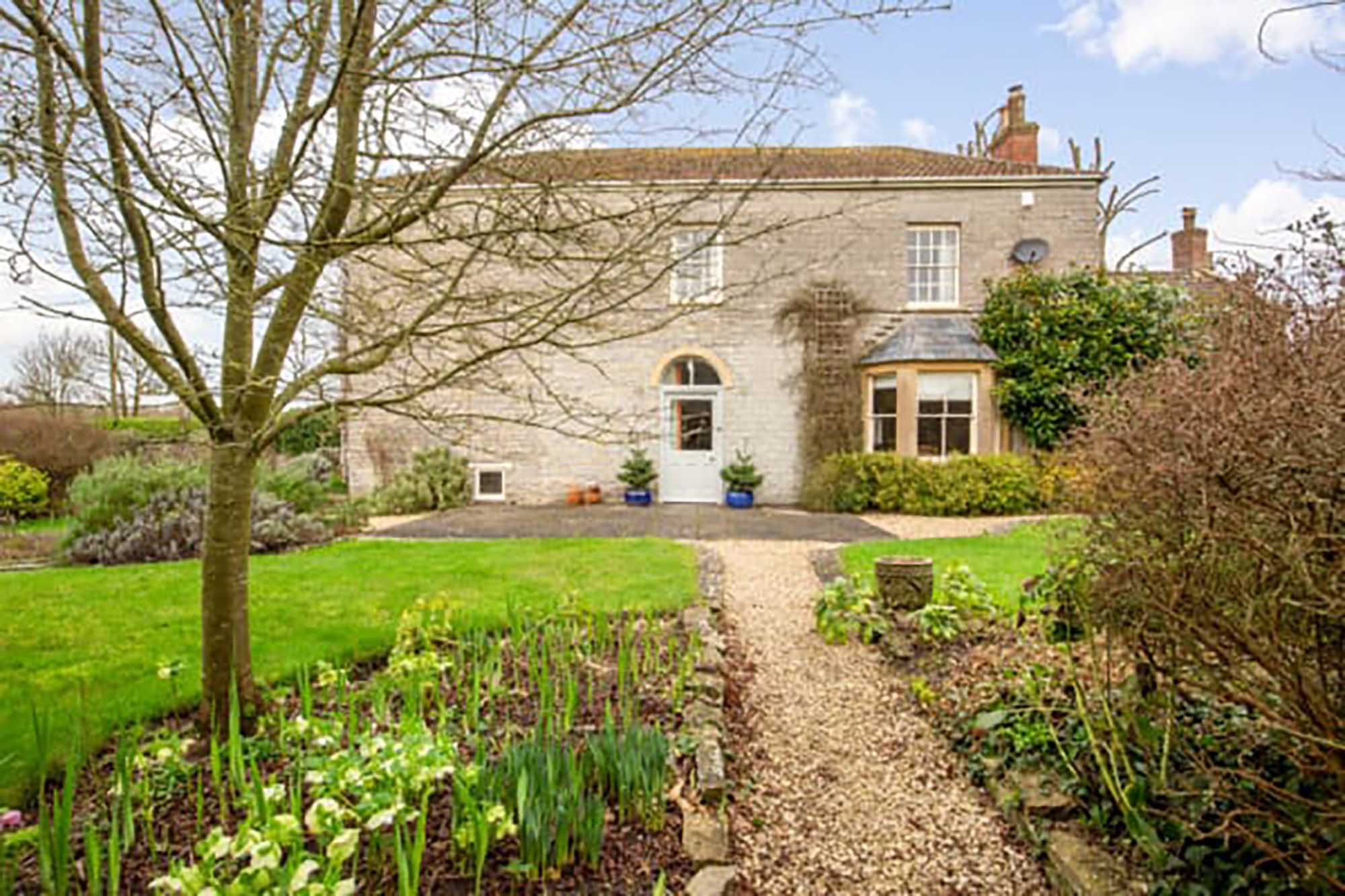 Period family home in desirable village with flexible accommodation