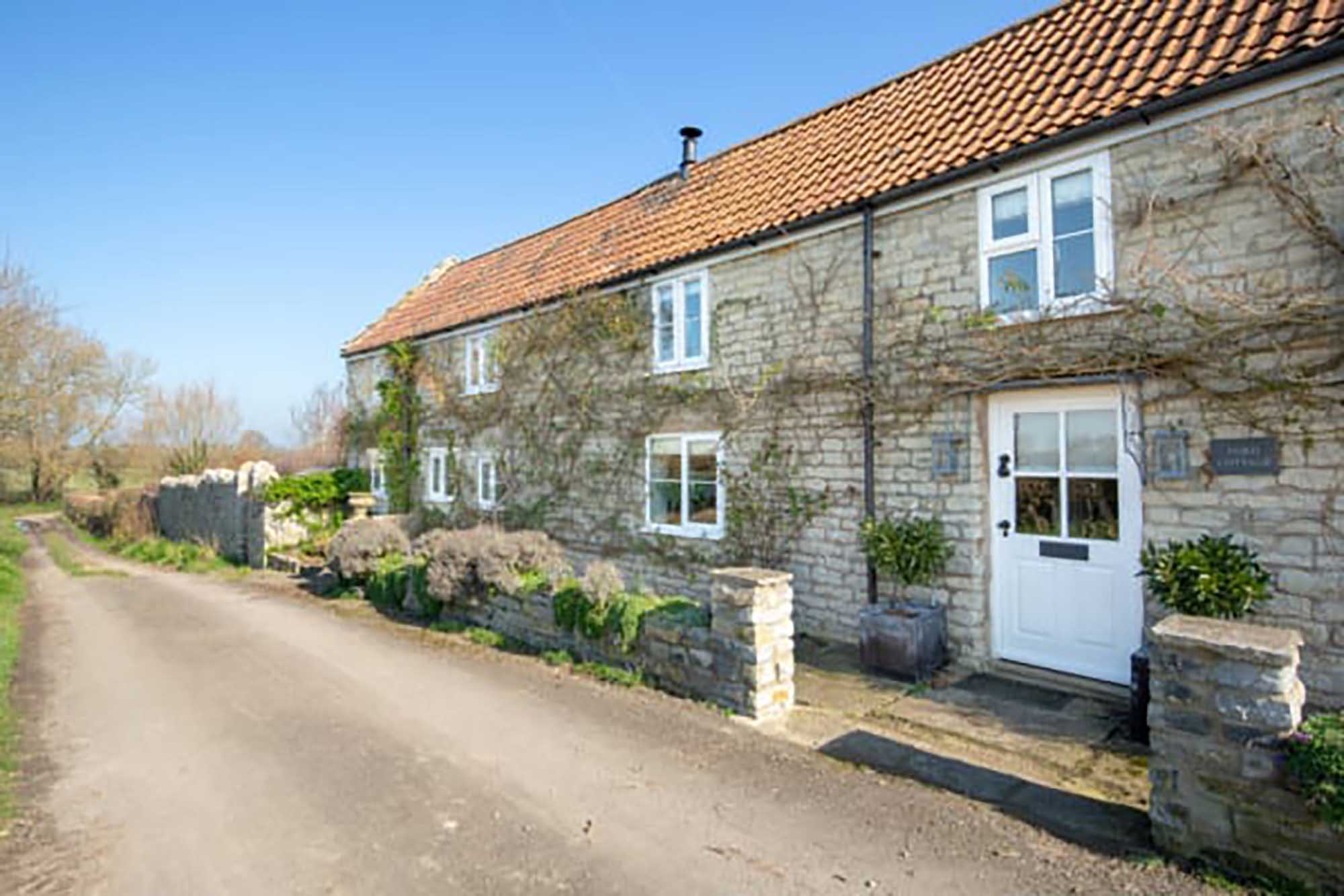 Pretty cottage in sought after village of Babcary