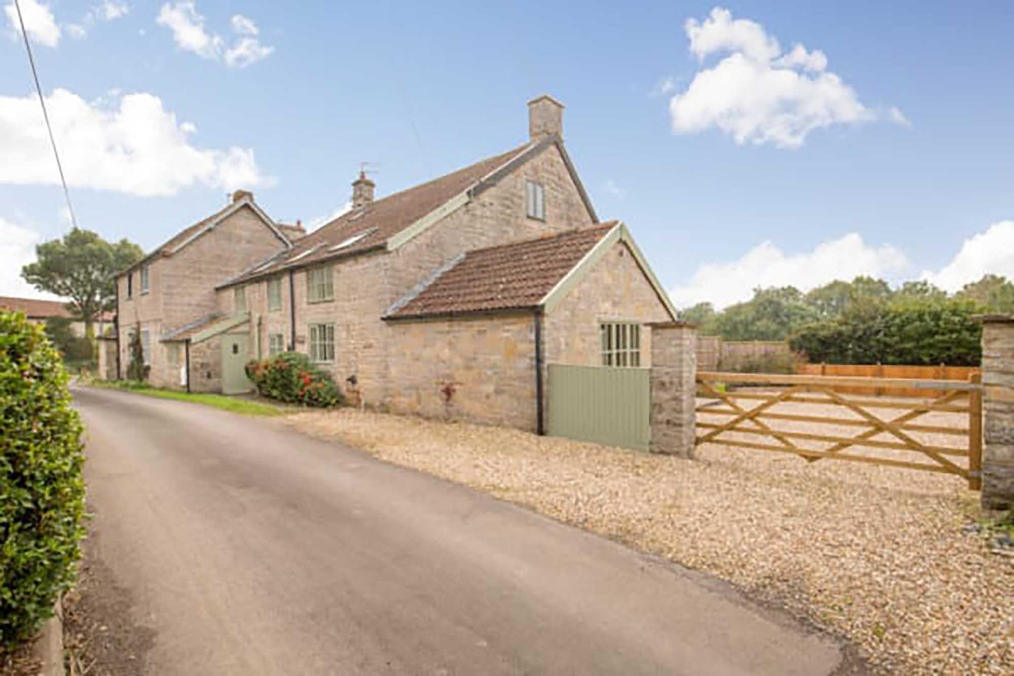 Attractive cottage, Hurcott, Somerton