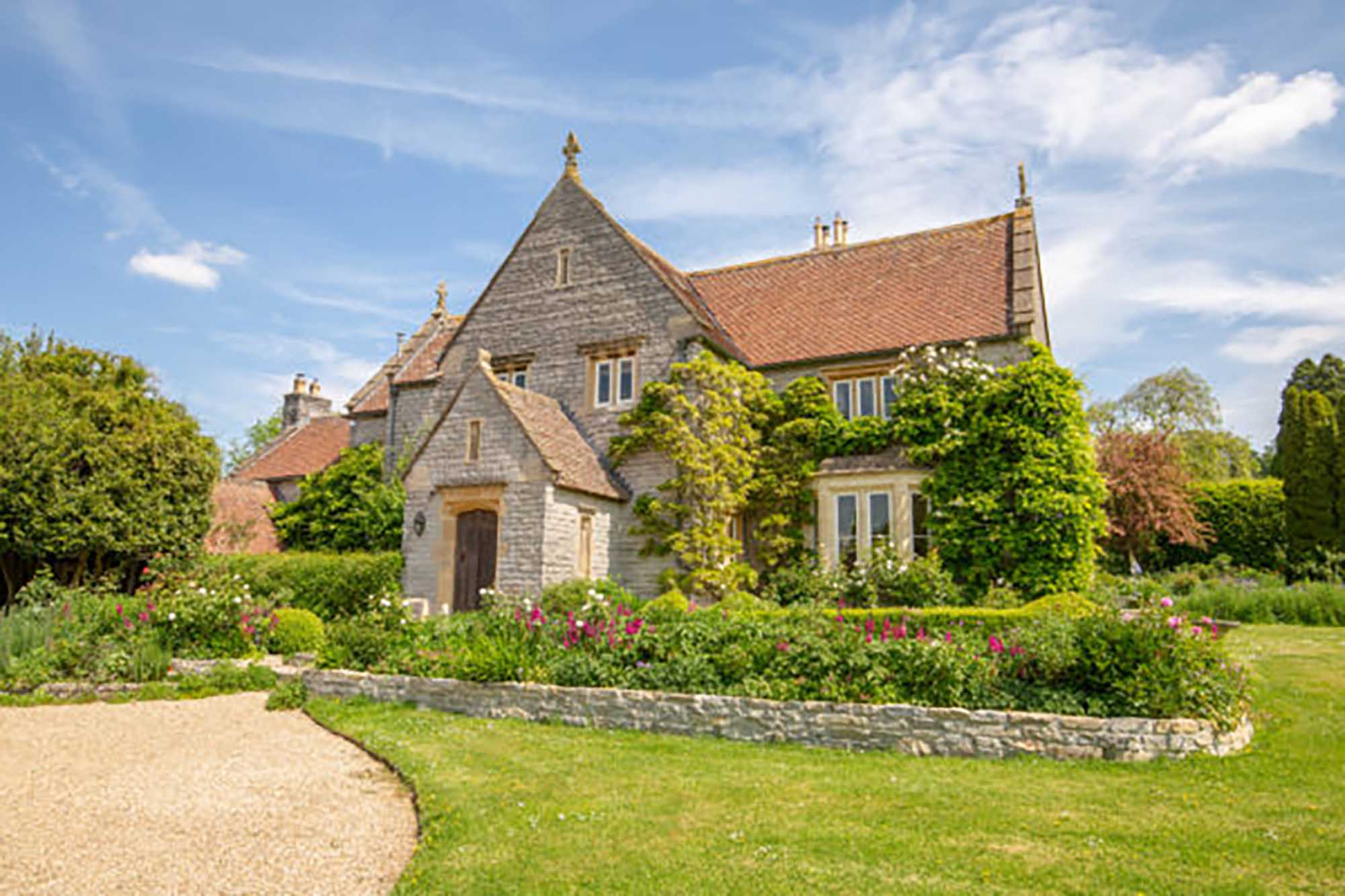 Stunning period property with land, pool, tennis court, West Pennard