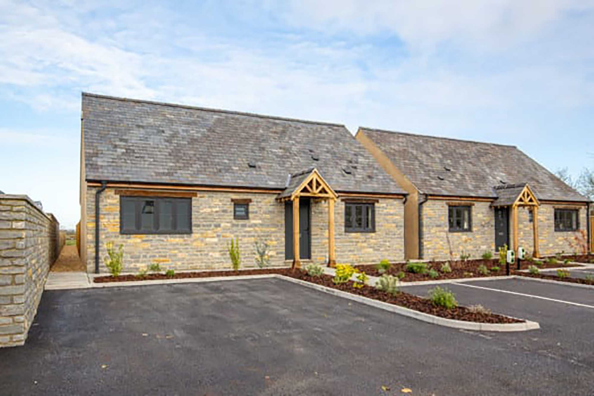Last remaining spacious bungalow with views, Babcary