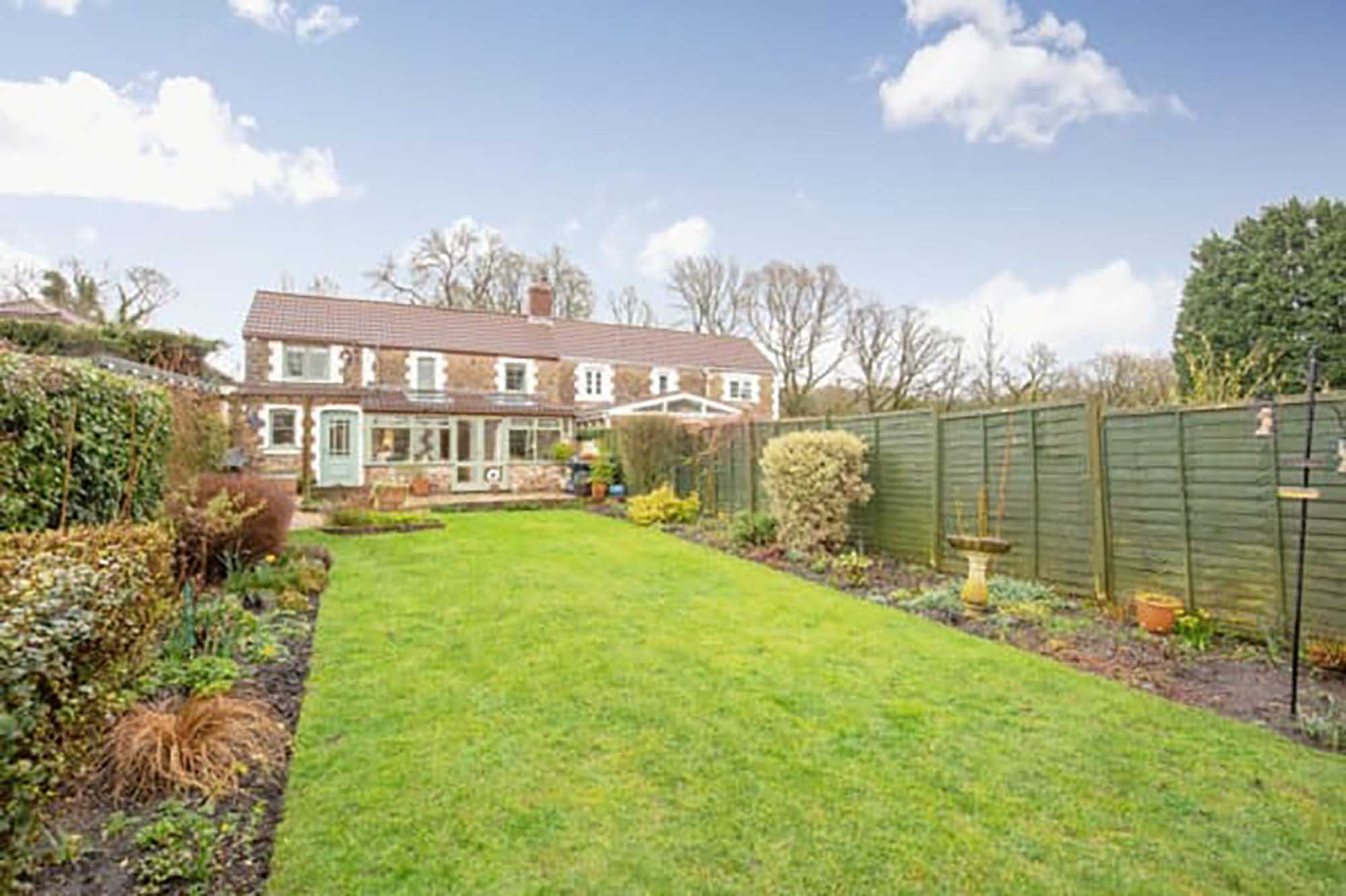 Period cottage close to Babington House, Somerset
