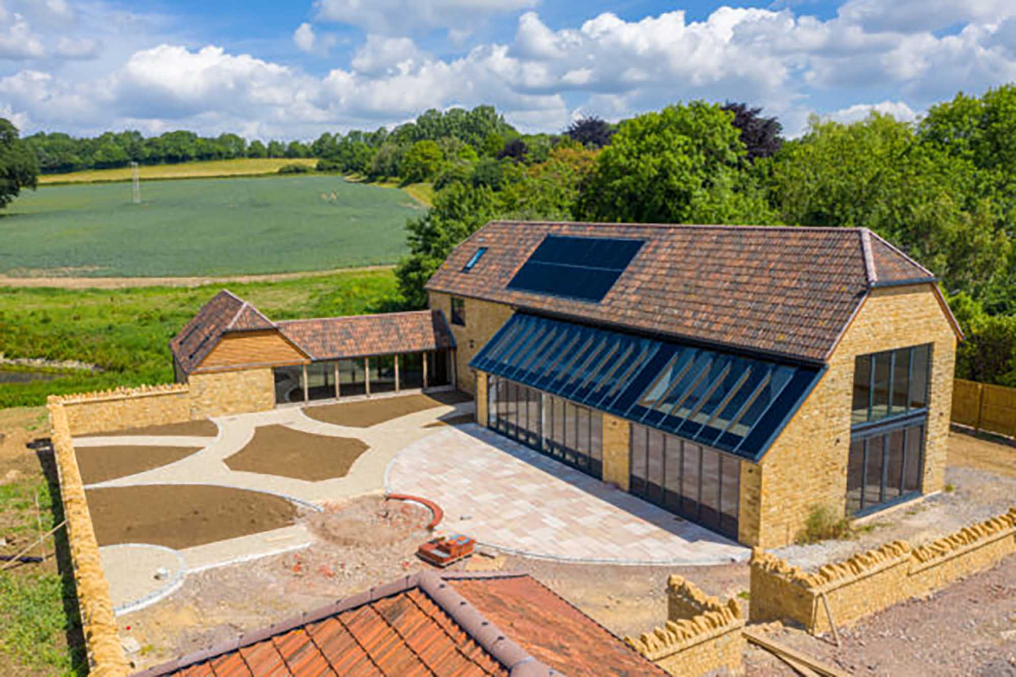 Oustanding Period Barn Conversion In rural Somerset