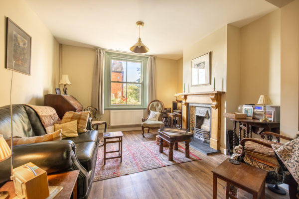 Attractive Victorian house close to the Tor