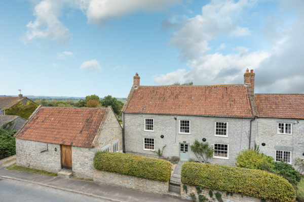 NO CHAIN- period house, far reaching views circa 3.5 acres