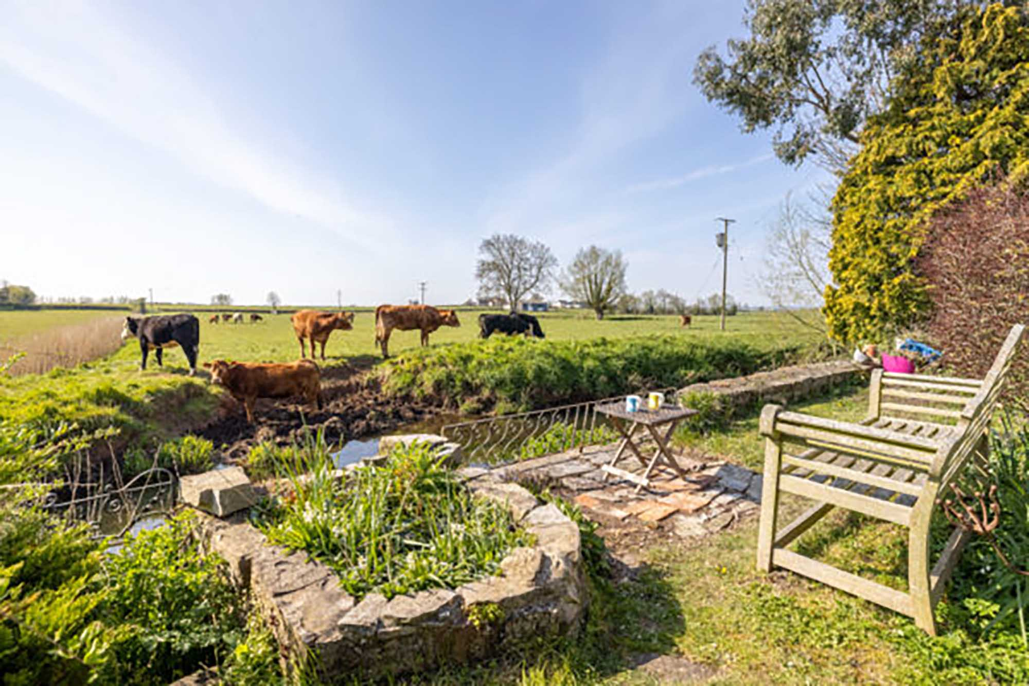 Spacious 5 bed barn conversion near Bruton