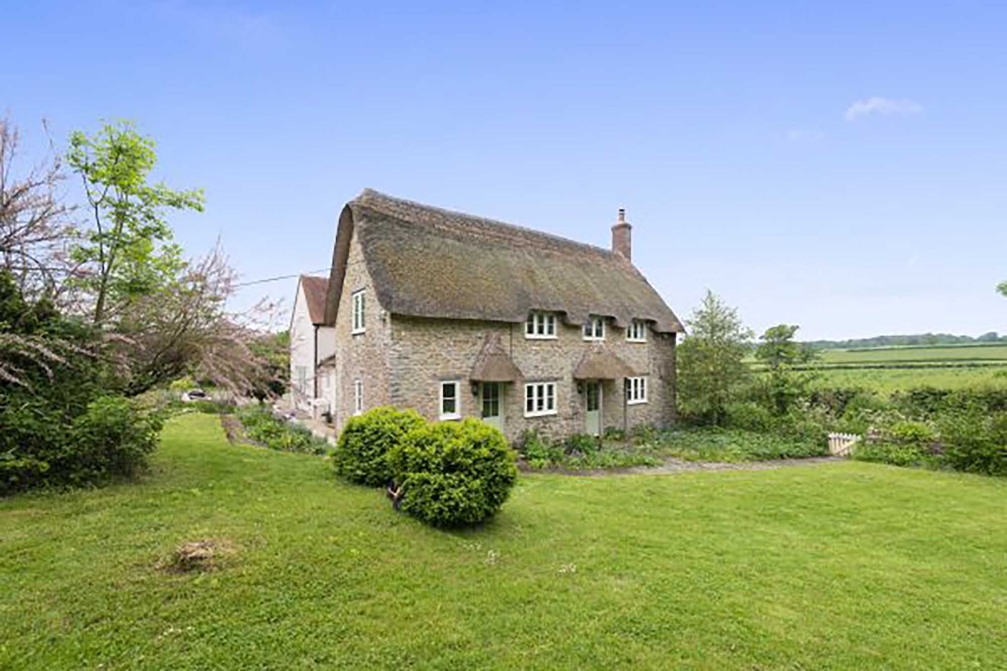 Detached period cottage in North Wootton,Nr Sherborne